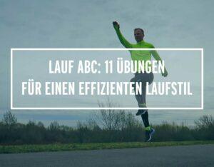 Lauftrainer Kevin macht eine Übung vom Lauf ABC