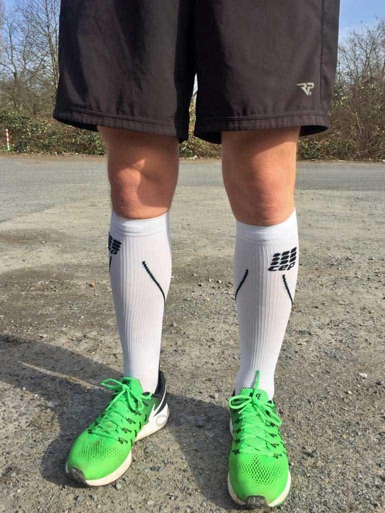 Läufer trägt CEP Run Socks 2.0